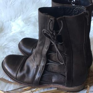 LD Tuttle Side Lace Italian Brown Leather Boots
